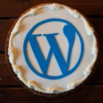 WordPress logo on a cake